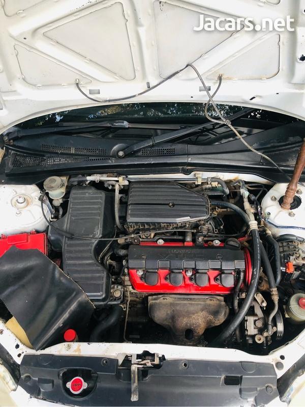 Honda Civic 1,7L 2002-8