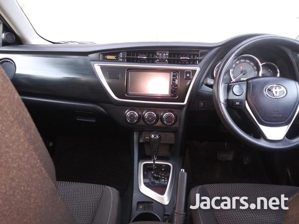Toyota AURIS 1,5L 2015-6
