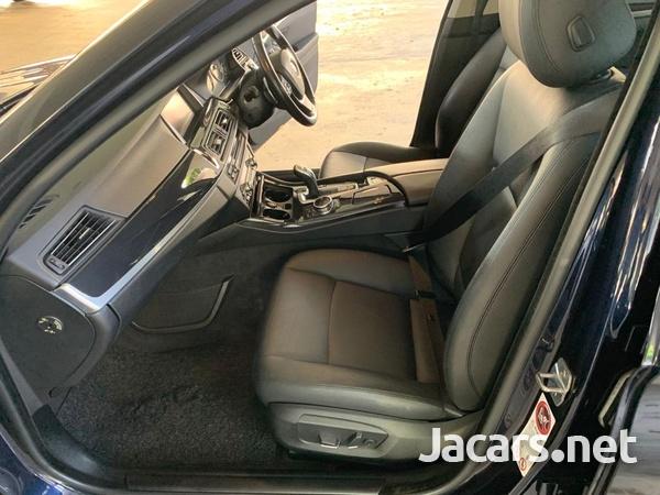 BMW 5-Series 2,0L 2014-9