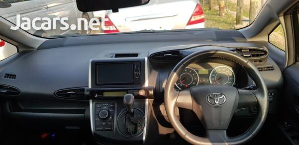 Toyota Wish 1,6L 2011-5