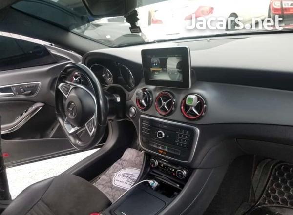 Mercedes-Benz CLA-Class 2,5L 2015-8