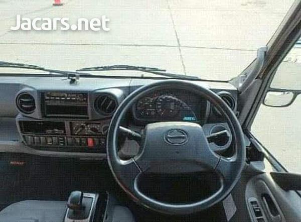 Hino Turbo Truck-2