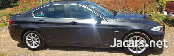BMW 5-Series 3,0L 2013-3