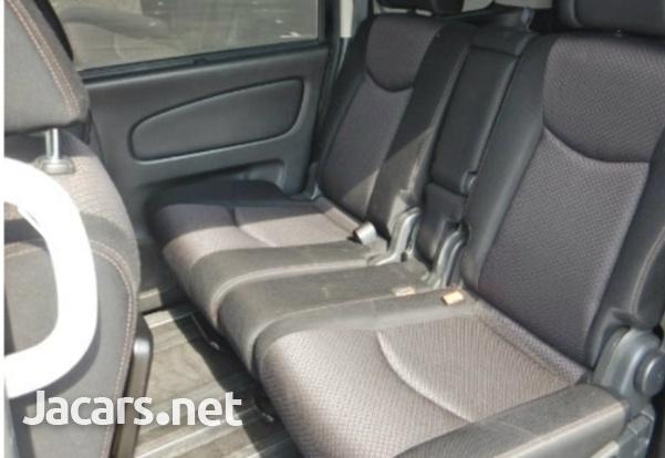 Nissan Serena 2,0L 2013-3
