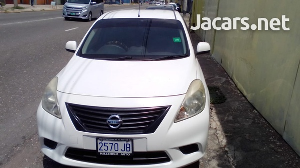 Nissan Latio 1,3L 2013-1