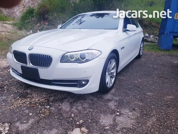 BMW 5-Series 2,5L 2013-12