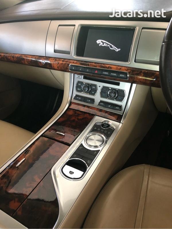Jaguar XF 3,0L 2012-6