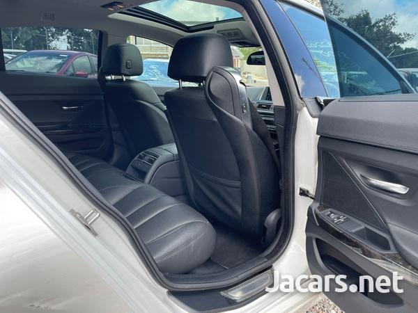 BMW 6-Series 4,4L 2012-4
