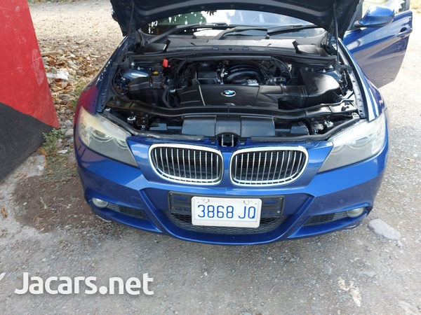 BMW 3-Series 3,0L 2011-5