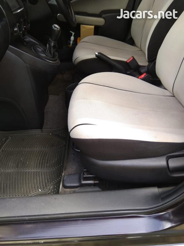 Mazda Demio 1,5L 2010-5
