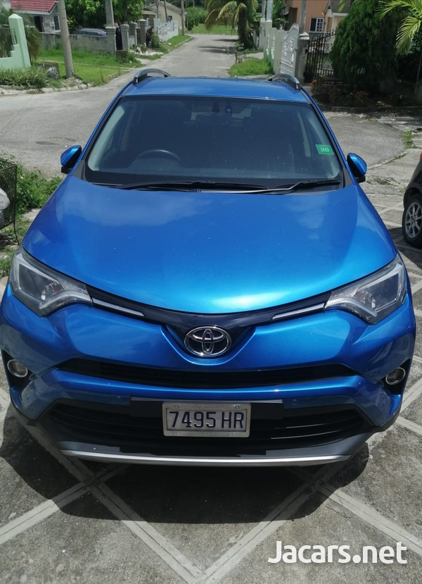 Toyota RAV4 2,5L 2018-3