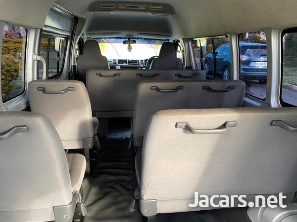 2012 Toyota Hiace Bus-7