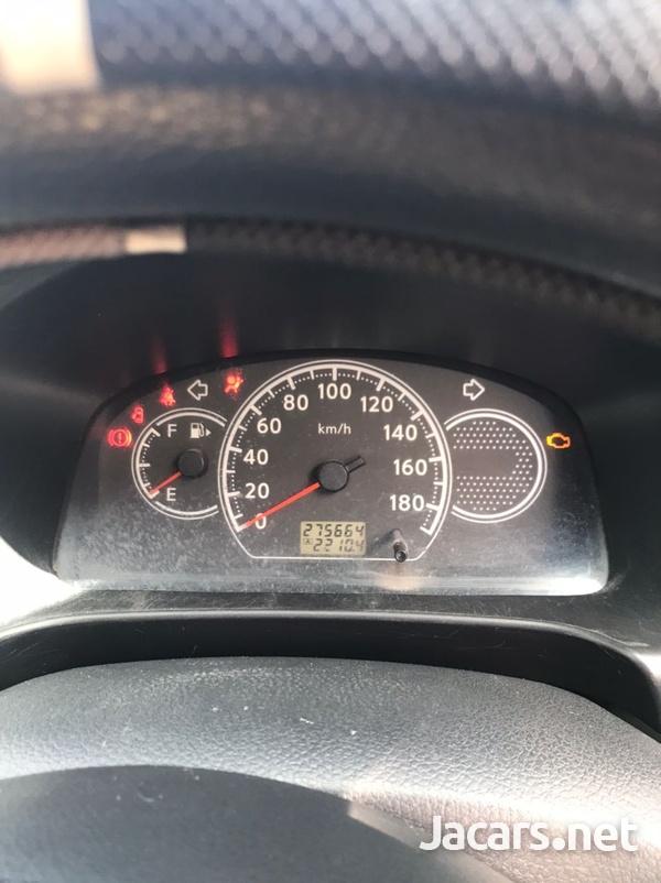 Nissan AD Wagon 5,8L 2012-3