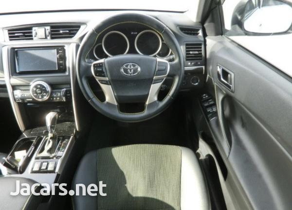 Toyota Mark X 2,5L 2015-6