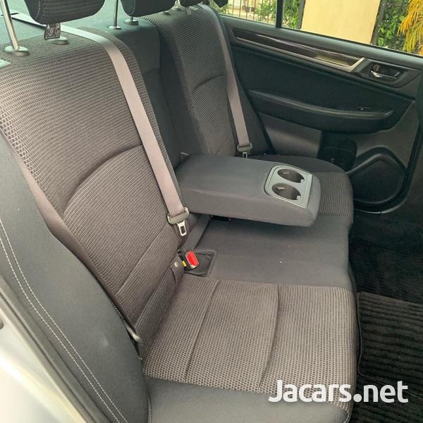 Subaru Legacy 2,5L 2015-8