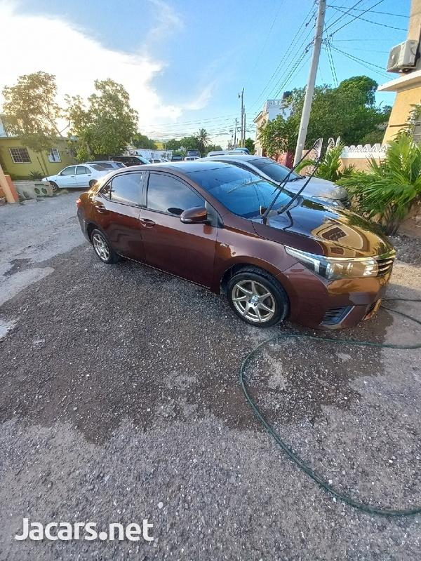 Toyota Corolla XLi 1,6L 2014-3
