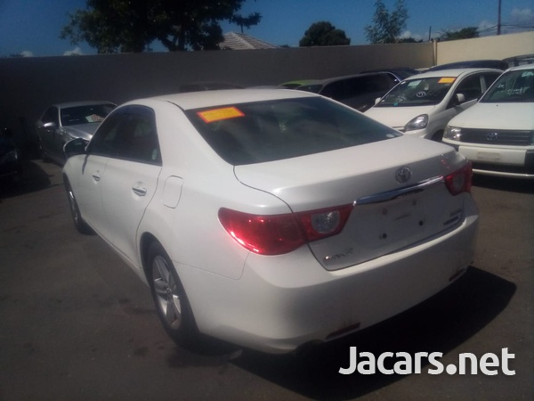 Toyota Mark X 2,5L 2011-9