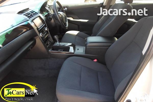Toyota Camry 2,5L 2013-4
