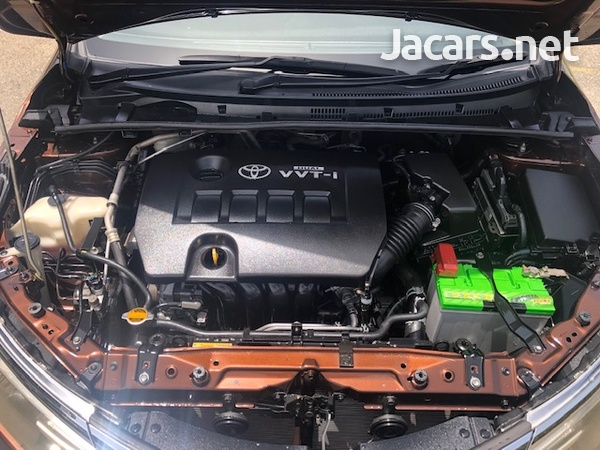 Toyota Corolla 1,8L 2014-7