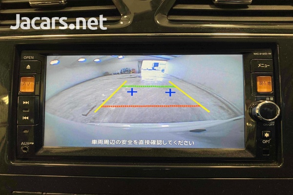 Nissan Serena 2,0L 2012-10