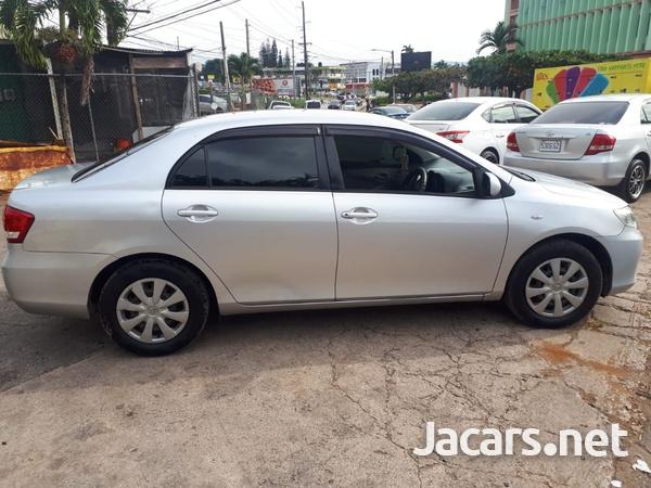Toyota Axio 1,5L 2012-4