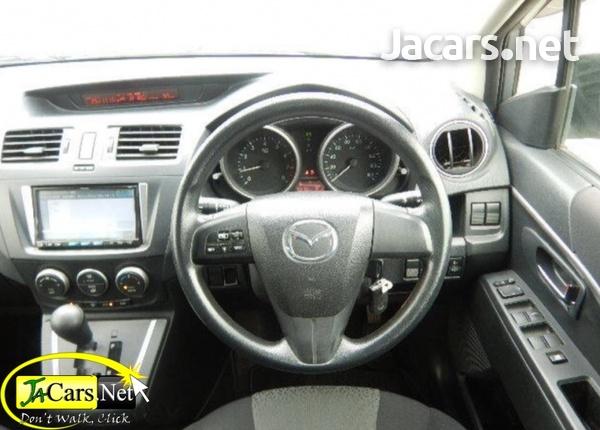 Mazda Premacy 1,5L 2012-4
