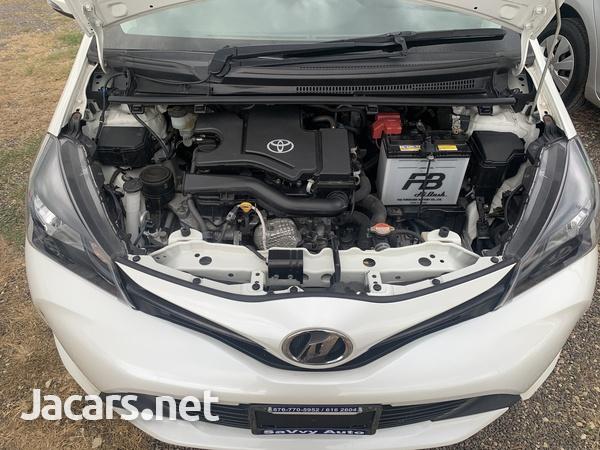 Toyota Vitz 1,0L 2016-10