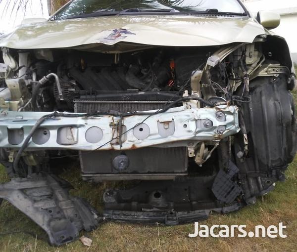 Toyota Belta 1,2L 2008-15