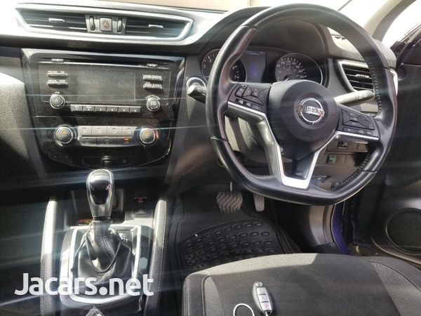 Nissan Qashqai 2,0L 2018-8
