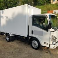 2007 Isuzu Box Body Refrigerated Truck