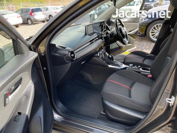 Mazda Demio 1,5L 2015-8