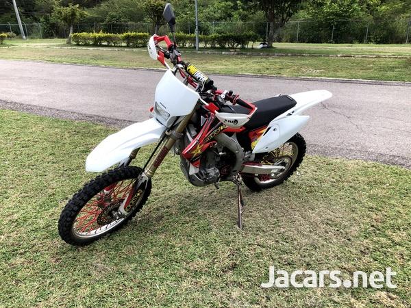 2005 honda CRF 450x Dual Sport Dirt Bike-2