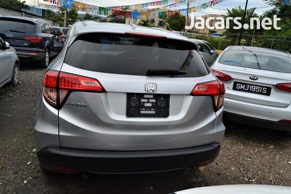 Honda Vezel 1,4L 2016-4