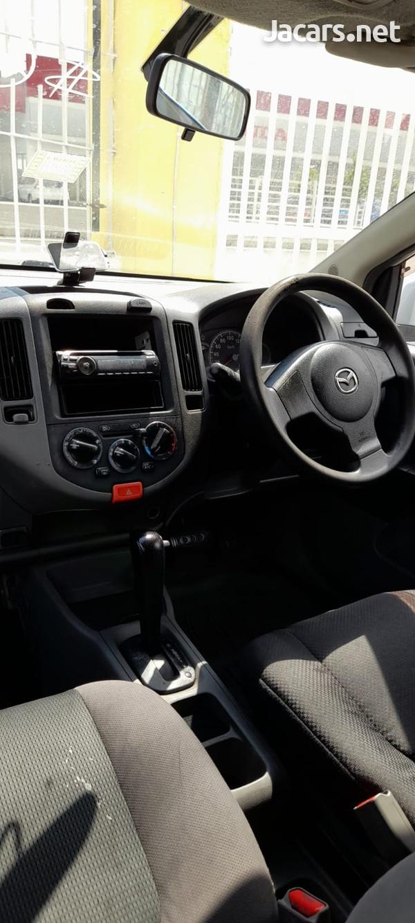 Mazda Familia 1,5L 2012-8