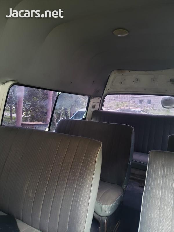 Toyota Hiace 2,0L 2000-3