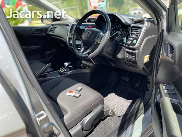 Honda Grace 1,5L 2016-9