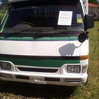 Isuzu Pick-up 2,5L 2003