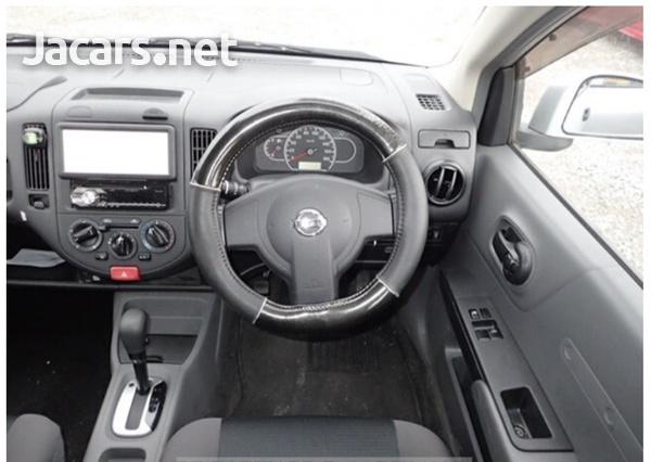 Nissan AD Wagon 1,5L 2016-8