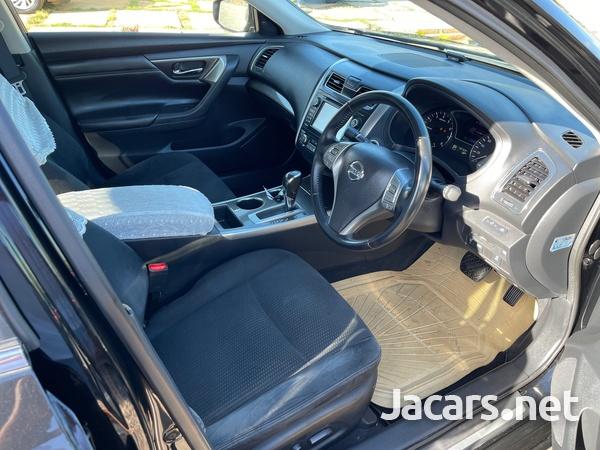 Nissan Teana 2,5L 2014-8