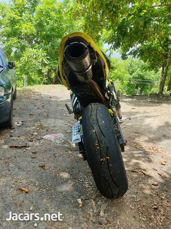 2009 Honda CBR 600rr-6