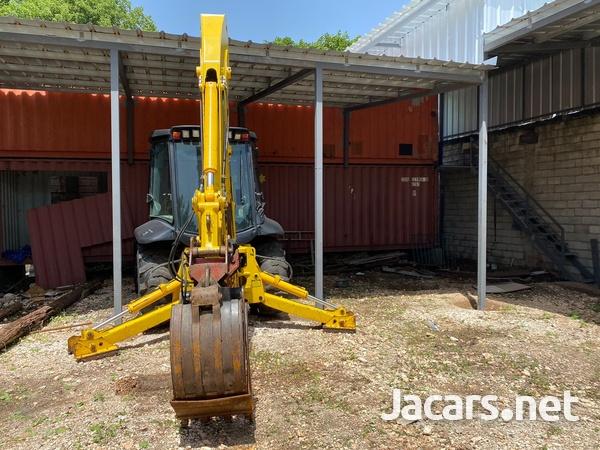 2007 JCB 3C Backhoe-4