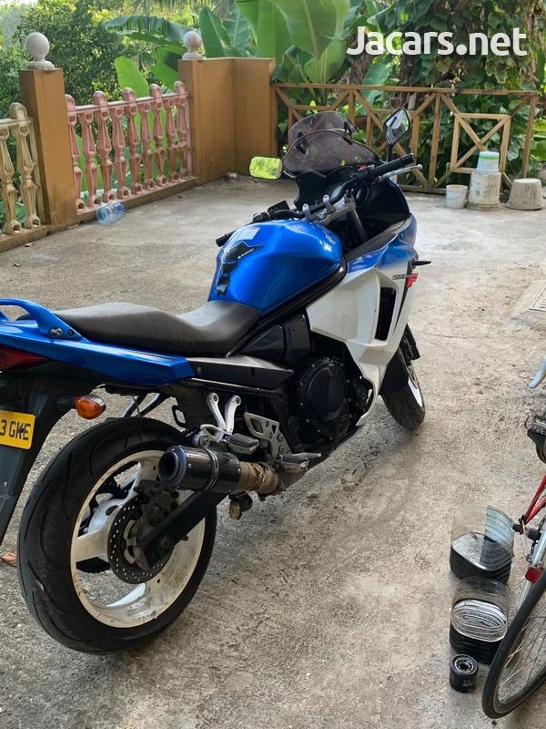 2014 Suzuki GSX 650f Bike-1
