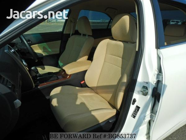 Toyota Mark X 2,4L 2015-6
