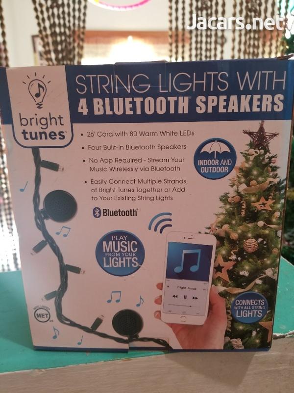 Bluetooth speaker with light-1