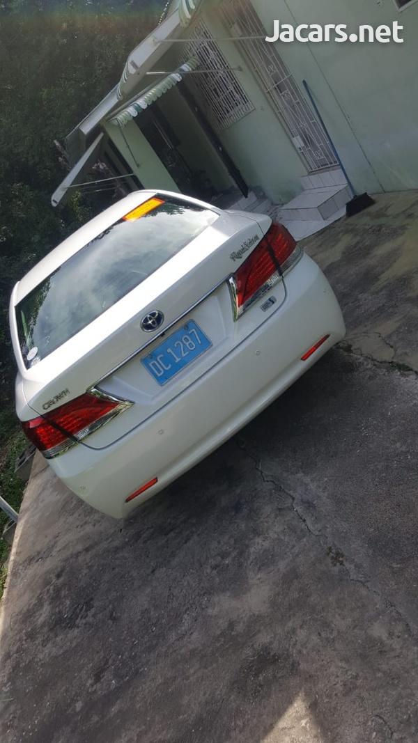 Toyota Crown 2013-3