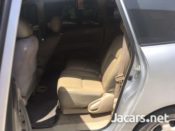 Toyota Picnic 2,5L 2004-4