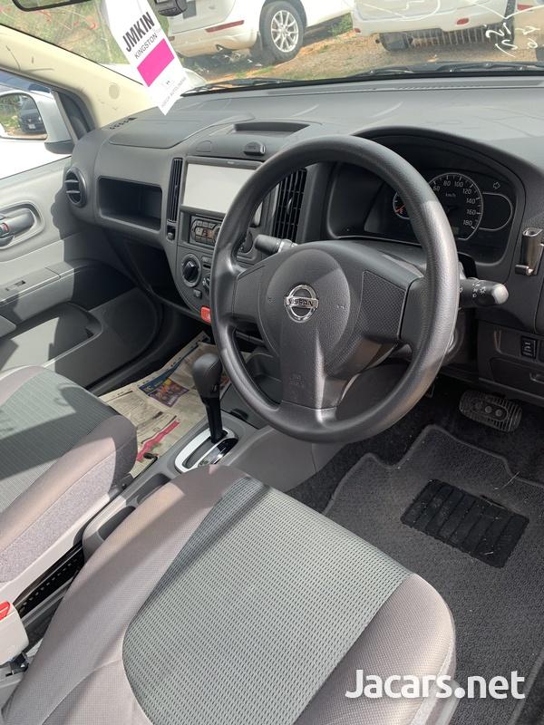 Nissan AD Wagon 1,5L 2015-15