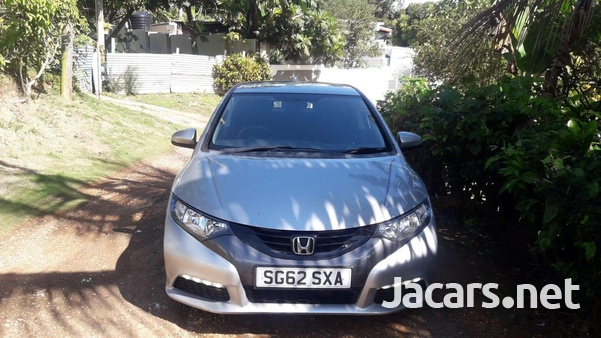 Honda Civic 1,3L 2013-6