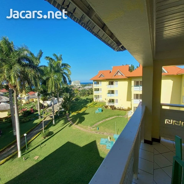 2 Bedroom 2 Bathroom Apartment in Ocho Rios with pool access and 24 hrs security-10