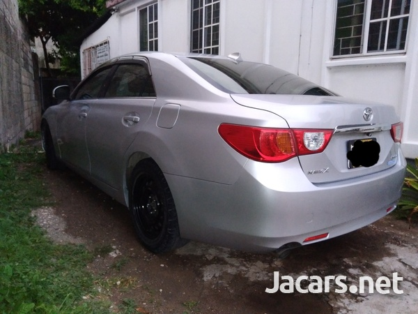Toyota Mark X 2,5L 2012-3